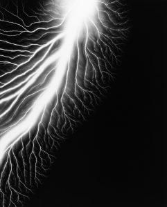 hiroshi-sugimoto-lightning-fields-226