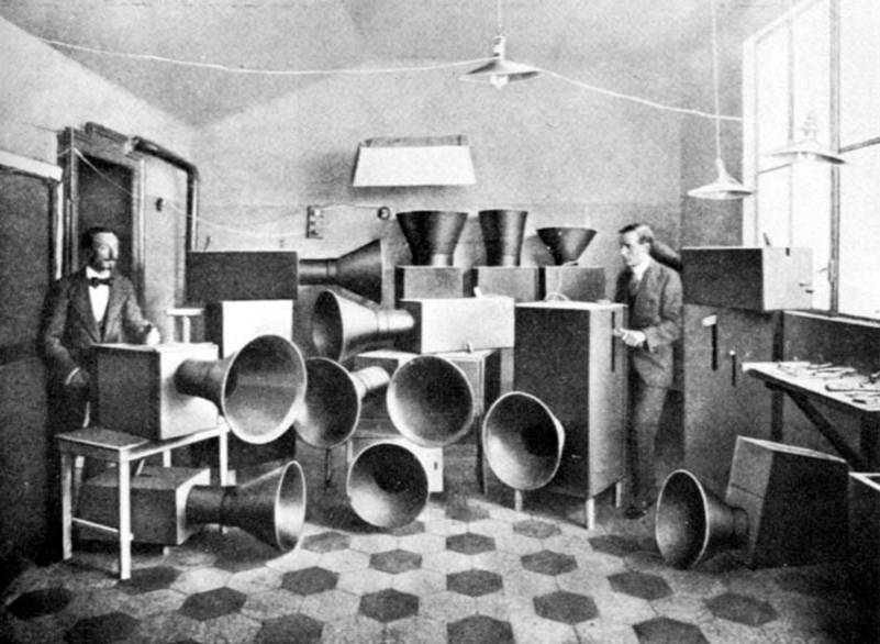 luigi_russalo_intonarumori_1914