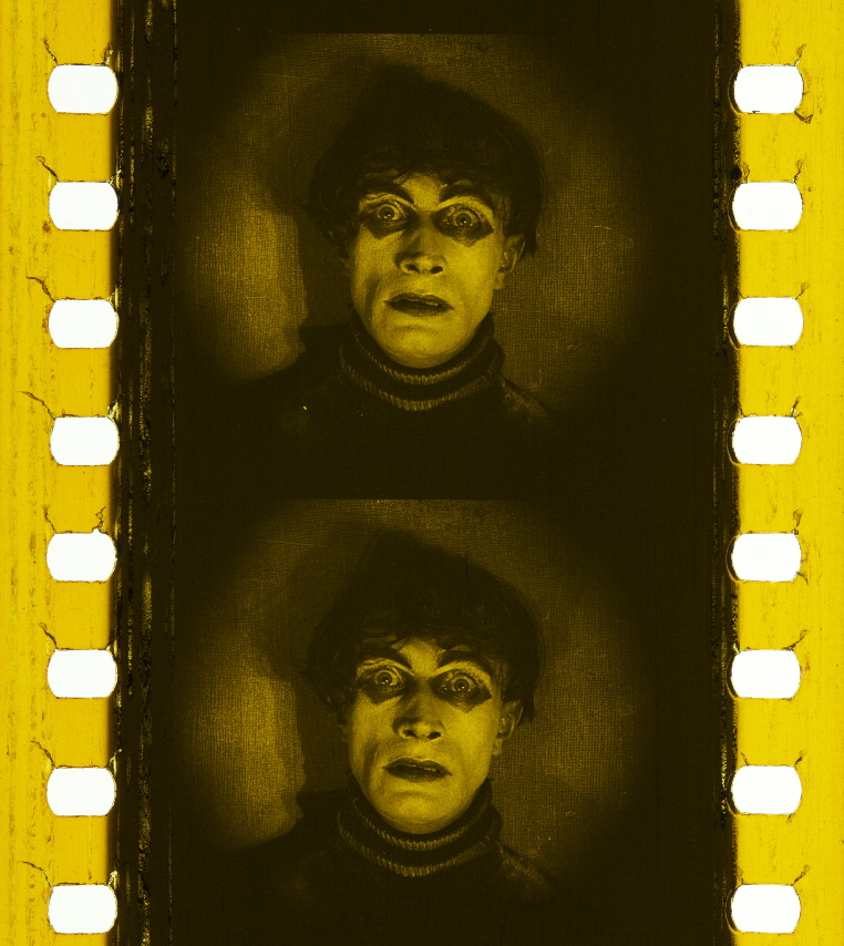 tinted-Caligari_1919-SODRE-MontevideoBologna_CesareOpensEyes