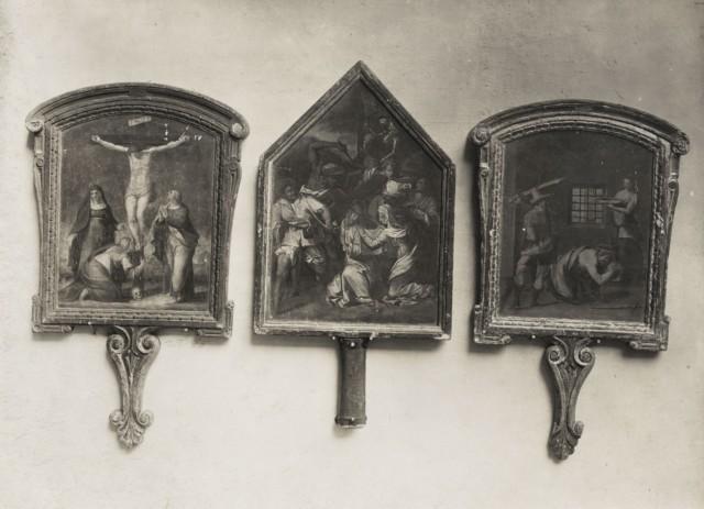 Anonimo fiorentino sec. XVI , Crocifissione di Cristo, Cristo incontra santa Veronica, Decapitazione di san Giovanni Battista