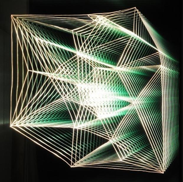 El-arte-de-Chul-Hyun-ilusiones-de-luz-color-y-espejos10