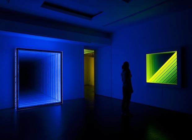 El-arte-de-Chul-Hyun-ilusiones-de-luz-color-y-espejos2