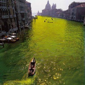 Hidrocromía Gran Canal Venecia. foto N G Uriburu 1970